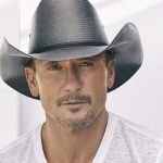 "TIM McGRAW PERFORMS ""I Called Mama"" On LATE NIGHT"